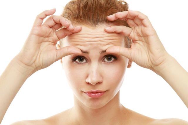Зморшки на лобі - причини і як прибрати в салоні, лікарні і будинки