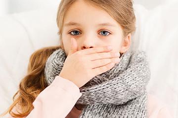 5 причин, які можуть викликати у дитини кашель без температури: каже доктор