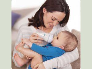 Про те, як годувати дитину сумішшю і про 8 головних правилах розповість лікар-педіатр